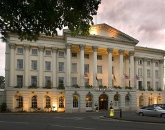 Where to stay in Cheltenham featured image